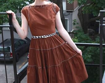 Vintage 1950s Cotton Dress XS S - Chocolate Malt - Full Skirt
