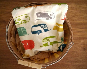 Retro Camper and Bear Large Reusable Snack Bag, Sandwich Sack