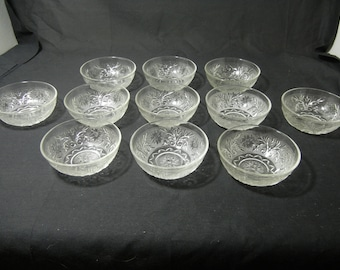 Sandwich Pattern Berry Bowls (Set of 11) by Anchor Hocking