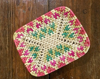 Vintage Colorful Summer Pink Green Yellow Natural Basket Tray Catchall Serveware // Tropical Luau Decor