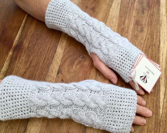 Ladies grey pure cashmere fingerless mittens by Willow Luxury (one size)