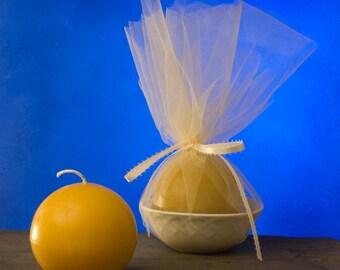 Queen bee honey Medium Ball beeswax candle