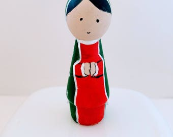 Wood peg dolls, Frida peg doll, Frida doll, cake topper