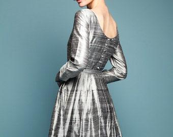 1950s dress 50s dress Grey wedding dress Long sleeve dress Plus size dress Mother of bride Open back dress Raw silk dress Dress with pockets
