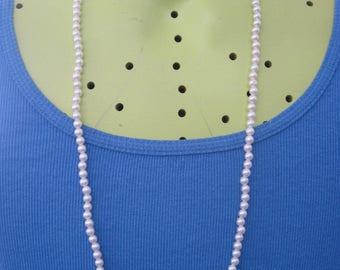 Vintage ROMANTIC Faux White Pearl Single Strand Necklace....#7501