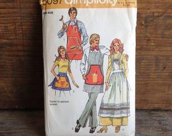1972 Vintage Simplicity Pattern. Pattern #5097. 1970's Men's and Misses' Aprons. Vintage Pattern. Vintage Sewing. 70's Vintage Apron.