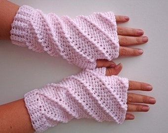 PATTERN - Crochet Whipped Fingerless Gloves - Free International Shipping