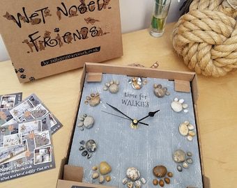 TIME for a gift! Handcrafted wooden clock for a pet lover, in washed-grey effect