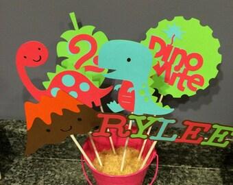 Six Piece Girl Dinosaur Centerpiece