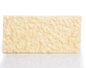 White chocolate bar with crispy rice, white chocolate tablet with crispy rice, crispy rice white chocolate bar, crispy rice white chocolate