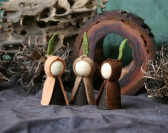Root Children Waldorf Inspired natural Table peg doll