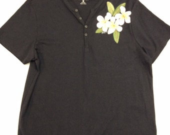 Black T-Shirt with Grandpa Collar and painted with Frangipani Flowers