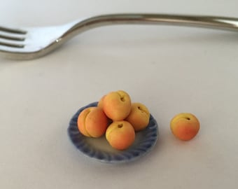 1/12 Fresh Peaches
