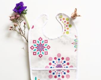 Bib made of oilcloth, with tank, pinwheel pattern