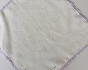"""Vintage hankie, white linen with lavender edge and embroidered flowers, 10"""" square"""