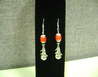 Snowman earrings with a little charm