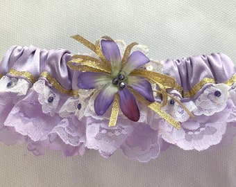 Garter: White orchid with lilac lace and purple gems