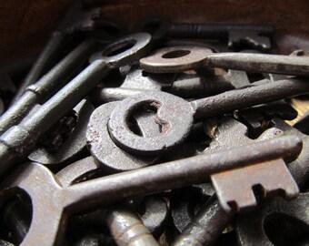 Antique Replica Skeleton Key T139