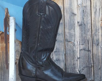 thunderbird cowgirl boots,  size 9