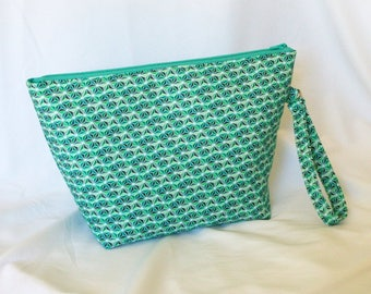 Knitting Project Bag / Crochet Project Bag / Green Project Bag / Arts & Crafts Storage / Cosmetics Bag / Green Geometric Project Bag