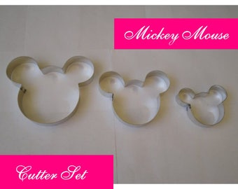 M Disney's Mickey Mouse Heads Cutter Set