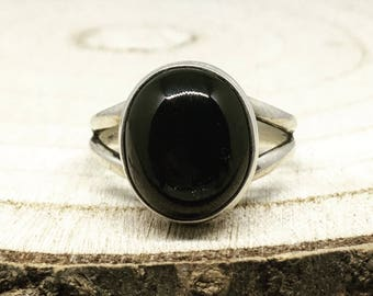 10.72ct Black Star Diopside 925 Silver Ring Size R-S