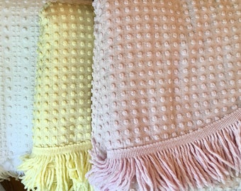 SALE Vintage Chenille Bedspread - Morgan Jones - White Pink Yellow with Silver Thread - Lurex - Twin Bedspread - Full Coverlet - Cutter