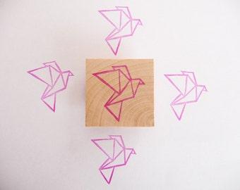 Tampon en gomme, motif oiseau qui vole origami