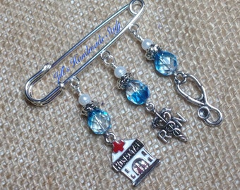 Nurse's Pin Beaded Pin- RN Jewelry - Scarf, Shawl or Purse Charm Pin- gift Idea for a Nurse