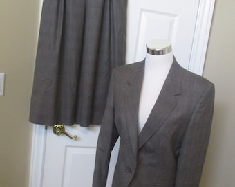 Vtg Ladies Suit size 10 lined wool skirt suit brown & gray, light blue tweed NEW dead stock