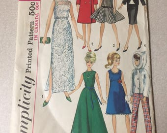 Simplicity doll clothing pattern for Barbie and others number 6208