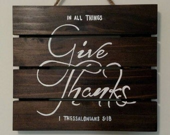 """Wooden """"Give Thanks"""" wall sign"""