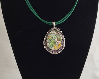 Green Paisley Necklace / Broken China Jewelry / Vintage Chintz China /