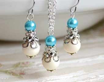 Romantic necklace Light blue Bridesmaid jewelry set Swarovski jewelry set with rhinestone Bridesmaid necklace and earrings gift set