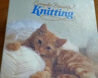 Simply Beautiful Knitting  (Binder)
