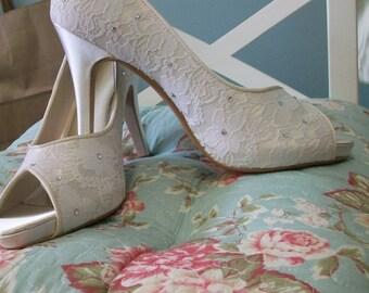 Wedding Shoe - Platform Wedding Shoe - Lace Wedding Shoe - Lace Bridal Shoe - Lace Wedding Heel - Wedding Shoe With Lace Custom Wedding Shoe