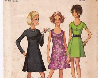 FF Simplicity 8887 Princess Dress, Mini Dress, Petite Dress, Summer Dress 1970s Vintage Sewing Pattern, Size 12, Bust 34, UNCUT
