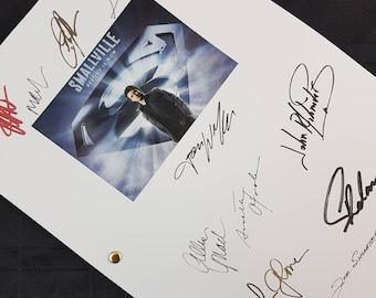 Smallville TV Show Script with Signatures / Autographs Reprint Unique Gift Christmas Xmas Present Film Movie Fan Geek DC Superman