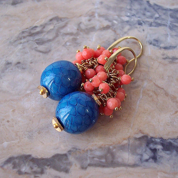Snake Skin And Faceted Coral Gold Plated Earrings 52 Cm