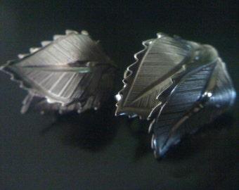 Sale Vintage1950s Signed LISNER Silver Tone Double Leaf Earrings