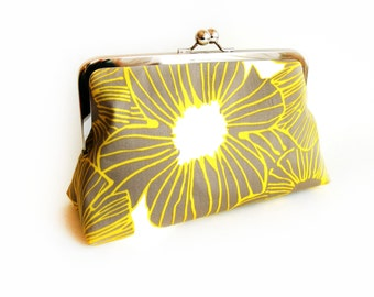 Yellow Grey Buttercup Wedding Purse Bag Flower Yellow Grey Personalized Gift for Her Monogram Set of Clutches Bridesmaid Gift Idea for Party