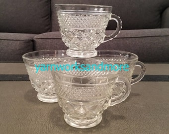 4 Wexford Cups, Anchor Hocking Wexford Punch Cups, Wexford Tea Cups, Wexford Glass Cups, Crisscross Glass, Vintage 1970s Cups