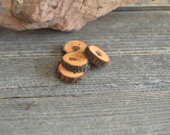 4 boutons en bois - Juniper, boutons à la main (2038)