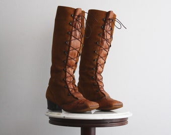 Boots Lace Up 9.5 Women's Tall Brown Suede Leather Knee High Heeled Granny Laced 1960s Vintage