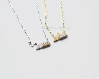 silver Mountain layered Necklace, Dainty Mountain Pendant Necklace, two tone Mountain Necklace, Mountain Charm, Nature Jewelry, gift ideas