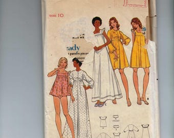 1970s Vintage Sewing Pattern Butterick 5744 Misses Baby Doll Nightgown Nightie Robe Size 10 Bust 32 1/2 70s UNCUT  99