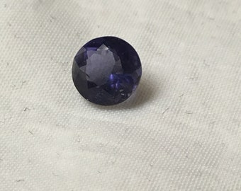Round faceted iolite gemstone 7mm