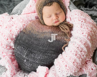 Newborn Baby Sac and bonnet, Newborn Photography Prop, Newborn Bonnet, Newborn Sac