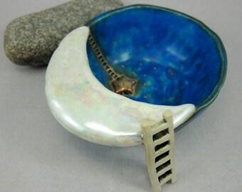 Star Collector...Trinket Dish in Stoneware w/ Copper Lustre by elukka...11 cm / 4.4 in.