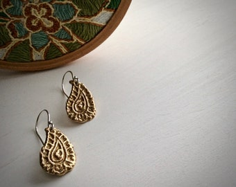 golden paisley earrings : rustic jewelry - old world jewelry - mixed metal jewelry - gift for her - woodblock motif